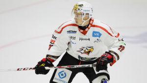 Samuli Kivimäki i Sport-tröjan.