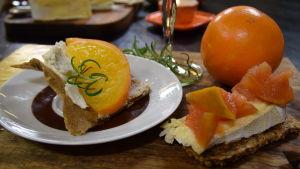 Frökex med ost och citrus confit