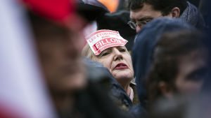 Demonstration till stöd för François Fillon på Place du Trocadéro i Paris.