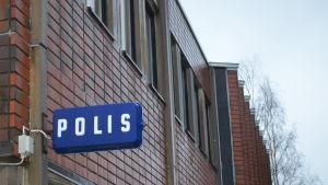 Polisstationen i Kyrkslätt.