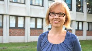 Minna Levälahti, språkråd på Svenska Yle.