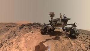 Marsmönkijä Curiosity Marsin pinnalla