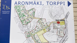 Aronmäki, Torppi kyltti.
