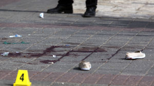 Spår efter våld mellan israeler och palestinier.