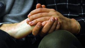 Tvä händer.