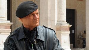 Isä Matteo (Terence Hill)