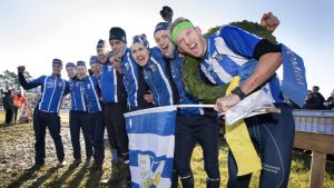 IFK Göteborg firar segern i Tiomila 2017.