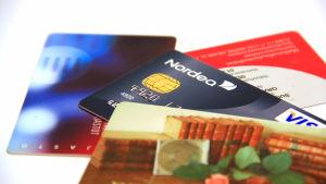 Bankkort och kreditkort