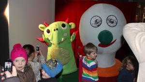 Barn och BUU-klubbsstämpeln.