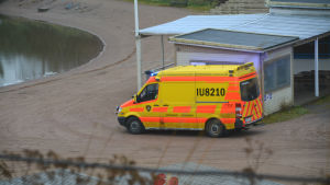 Ambulans vid Kokon badinrättning