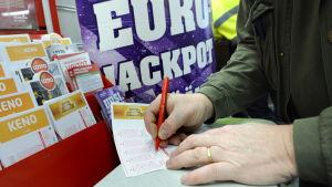 Någon i Finland fyllde i den rätta raden i Eurojackpot