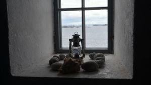 Utsikten från ett av fönstren i Söderskär fyr