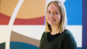 Reetta Räty, svenskalärare. Porträtt