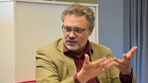 Professor Mats Fridlund
