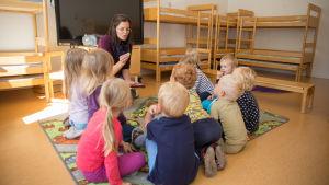 Kiire XL Saara Pekkinen lastentarhanopettaja luhtaniityn lastentarha espoo