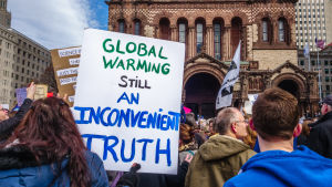 mielenosoittajia tieteen puolesta