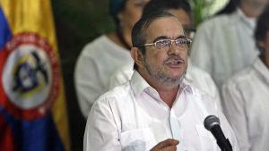Rebellkommendören Rodrigo Londono Echeverri, alias Timochenko, utlyste vapenvilan i Kubas huvudstad havana efter fyra år av fredsförhandlingar