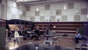 M1-studio 1.10.1985