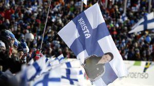 Flagga med Krista Pärmäkoski, skid-VM 2017.