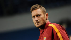 Francesco Totti leder sitt AS Roma mot Bayern i Champions League.