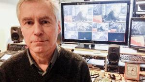 Professor Martin Romantschuk vid helsingfors universitet besökte Kvanthopps webbstudio.