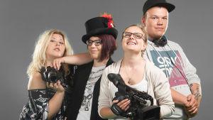 Lähiö - reunalla -realityn nuoret Kiia, Ana, Minea ja Markus