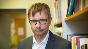 valtiotieteiden ja filosofian tohtori Heikki Hiilamo