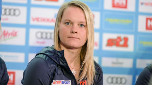 Andrea Julin på VM-presskonferens, Lahtis 2017.