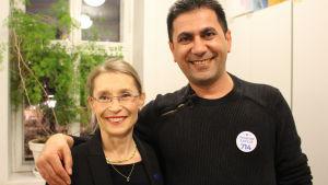 Nina af Hällström och Ibrahim Sayilir på SFP:s valvaka i Villa Junghans