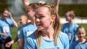 Rebecca Ehrnrooth på stafettkarnevalen