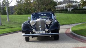 Panssaroitu Mercedes oli Adolf Hitlerin lahja marsalkka Mannerheimille. Auton tarina on ainutlaatuinen.