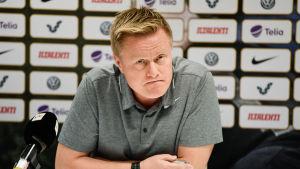 Tommi Kautonen är fotbollstränare.