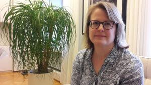 Sanna Vesikansa är biträdande borgmästare i Helsingfors.