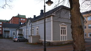 Fastigheten på Biskopsgatan 15 har stått tom i tio år.