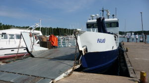 Förbindelsebåten m/s Falkö.