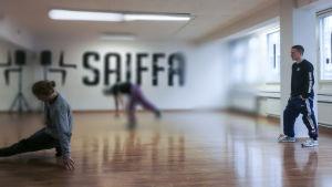 """Jussi """"Focus"""" Sirviö on noussut kovan työn ja sisäisen palon ansiosta yhdeksi maailman tunnetuimmista break-tanssijoista."""