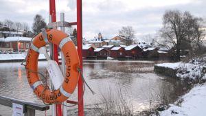 Livboj vid Borgå å