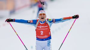 Kaisa Mäkäräinen går i mål i Ruhpolding.