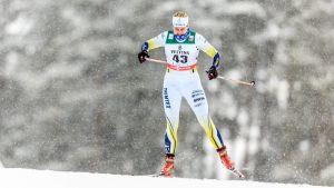 Andrea Julin skidar.