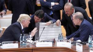 Donald Trump och Recep Tayyip Erdogan träffades senast vid G20-toppmötet i Hamburg i somras men relationerna har stadigt försämrats sedan dess