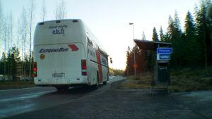 Bussipysäkki Tervakosken liittymässä