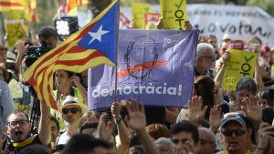 Demonstration utanför Högsta domstolen i Barcelona.