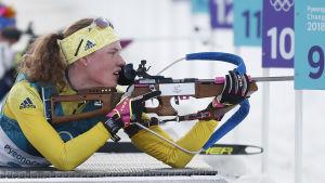 Hanna Öberg skjuter prickfritt.