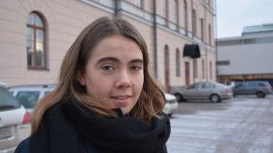 Ellen Sahlström på Vasa Övningsskolas gymnasium var en av initiativtagarna till #övistoo.