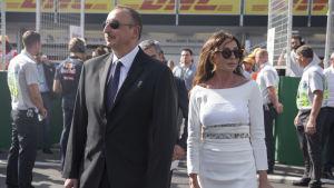Azerbajdzjans president Ilham Alijev med sin fru Mehriban Alijeva i huvudstaden Baku i fjol