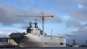 Krigsfartyg av Mistraltyp under byggnad i Saint Nazaire.