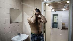 Turvapaikanhakija Osama vastaanottokeskuksessa