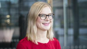 personporträtt på Eeva Kärkkäinen