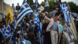 Demonstration mot avtal med Makedonien