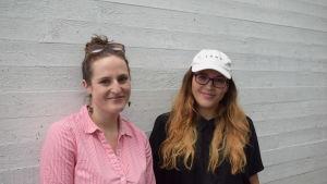 Bild på amerikanerna Marguerite Beattie och Emily Bailey.